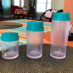 REDUCED Tupperware shakers